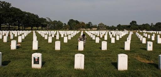 چگونه سیاست های آمریکا نیروهای نظامی در افغانستان را درگیر کرد و به کشتن داد.  اریک ادستورم (پولتیکو)- برگردان علیرضا سلیمانی